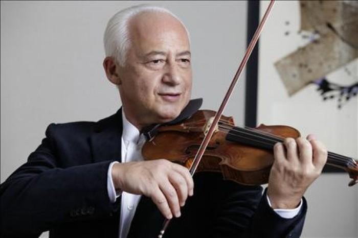 Այսօր անկրկնելի երաժիշտ,  նշանավոր ջութակահար եւ դիրիժոր Վլադիմիր Սպիվակովի ծննդյան օրն է