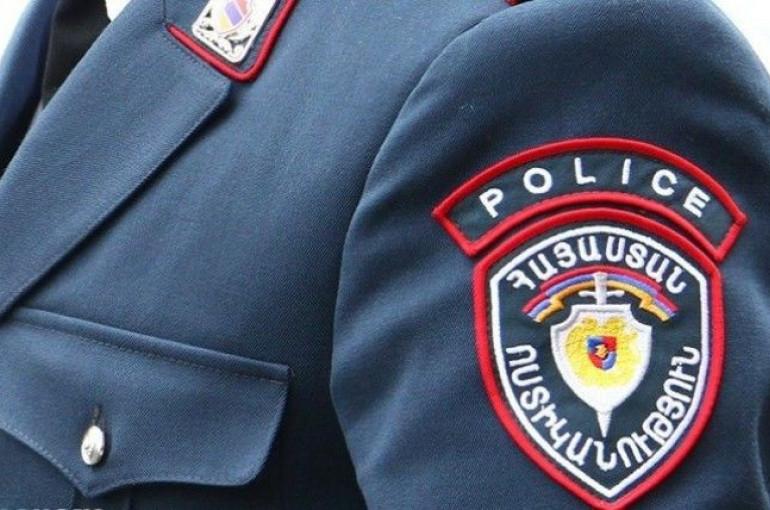 Ինչպես են ոստիկաններն «ասֆալտին պառկեցնում» քաղաքացուն