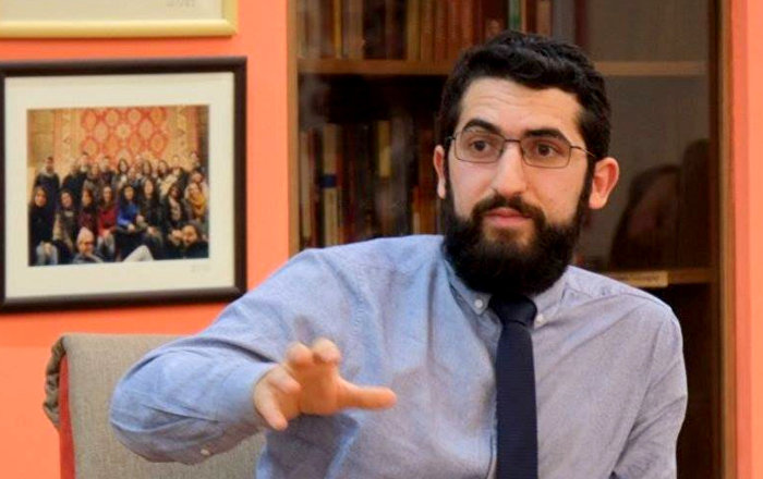 Րոպեներ անց ռազմաճակատից ուղիղ եթեր է մտել Թուրքիայի պետական հեռուստաընկերության լրագրողը․ Թուրքագետ